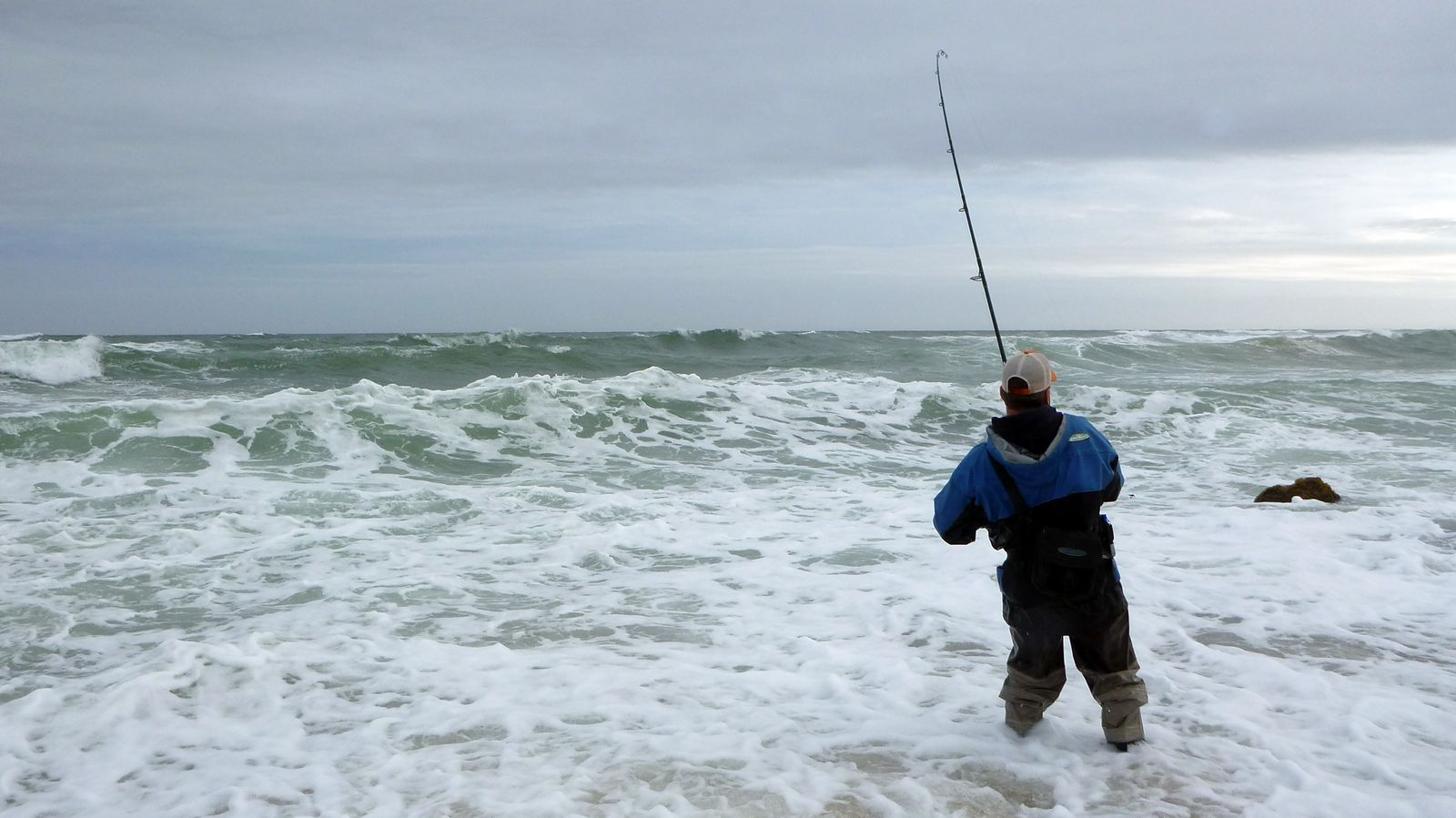 Surf fishing gallery montauk outfitter for Montauk ny fishing